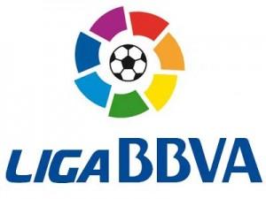 F?tbol: Real Madrid-Malaga, Valencia-Real Sociedad, Osasuna-Barcelona